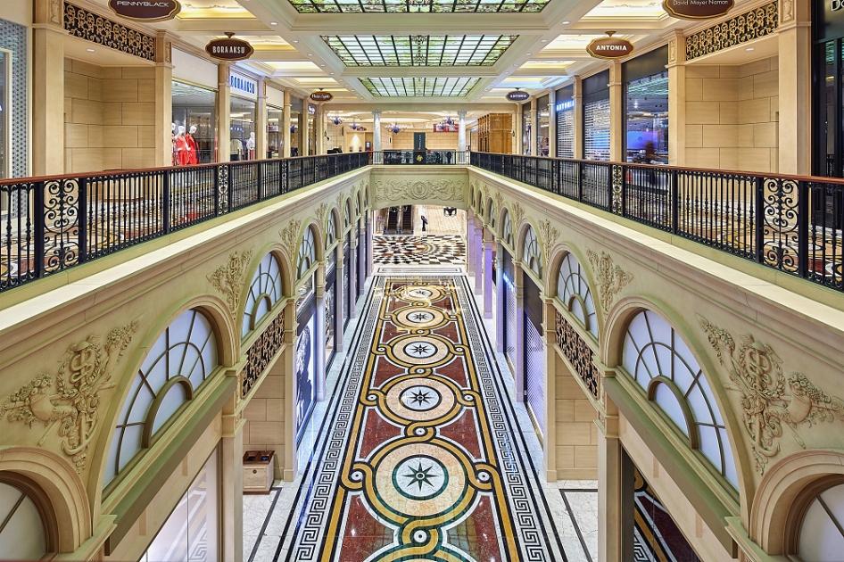 The Parisian Macao's Galarie Vivienne shopping boulevard(001)