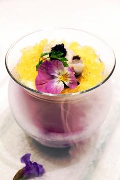 黑魚子醬生蠔凍豆腐香辣檸檬果凍