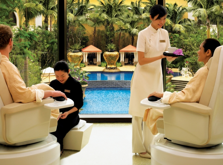 The Salon at Wynn Macau with guest by Barbara Kraft-R