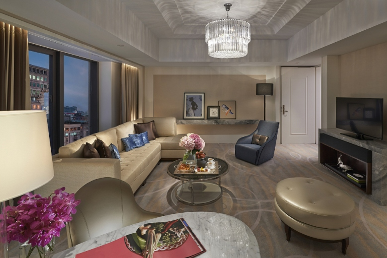 MOTPE - Club Boulevard Suite Living Room 行政大道套房客廳 (3)