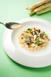 Ziga Zaga-白蘆筍糙米燉飯佐黑松露與精煉白蘆筍清湯