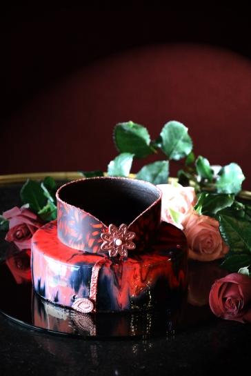 君品「玫瑰夫人」旗袍蛋糕