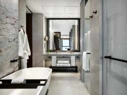 St.RegisHongKong, G.Deluxe 03 Bathroom-B