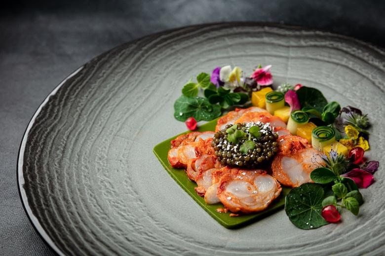 澳門威尼斯人「皇雀印度餐廳」天多尼烤法國藍龍蝦薄片伴大白鱘龍魚子醬 (1)
