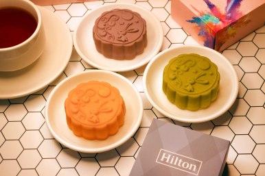 逸林明月月餅禮盒|三款創意桃山月餅-紫薯麻糬、奶黃流芯、抹茶芝麻流芯