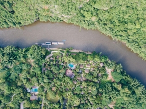 River Kwai Resotel 坐落在叢林之中