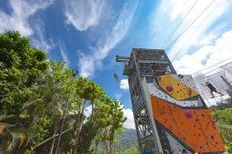 34英呎高的塔台,挑戰人類最恐懼的極限。