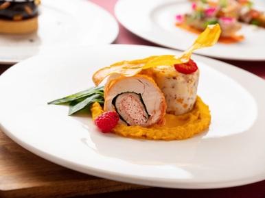 台北君悅-Ziga Zaga義大利餐廳-聖誕套餐-主菜 爐烤火雞捲裹蝦漿