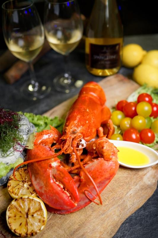 圖說-雲軒西餐廳加拿大活龍蝦龍蝦搭配繽紛沙拉吧