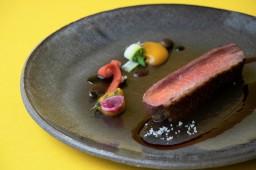 西式主餐:嫩煎酒香鴨胸