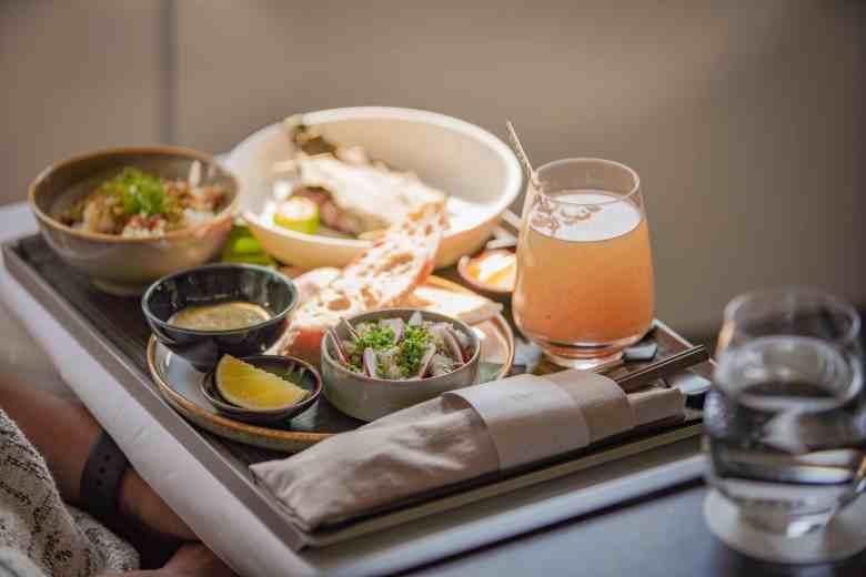 JX8888商務艙旅客可選擇米其林一星「Longtail」亞洲當代料理